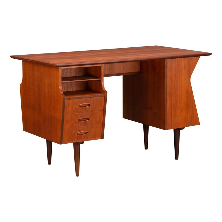 Danish Midcentury Teak Freestanding Desk, 1960s For Sale