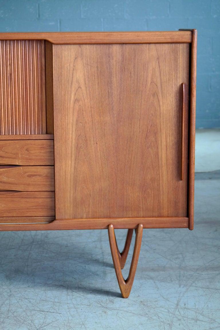 Mid-Century Modern Danish Midcentury Teak Sideboard Built in Rosewood Bar Sculptural Legs For Sale