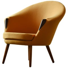 Danish Midcentury Tub Chair Newly Re-upholstered in Yellow Tonus Wool by Kvadat