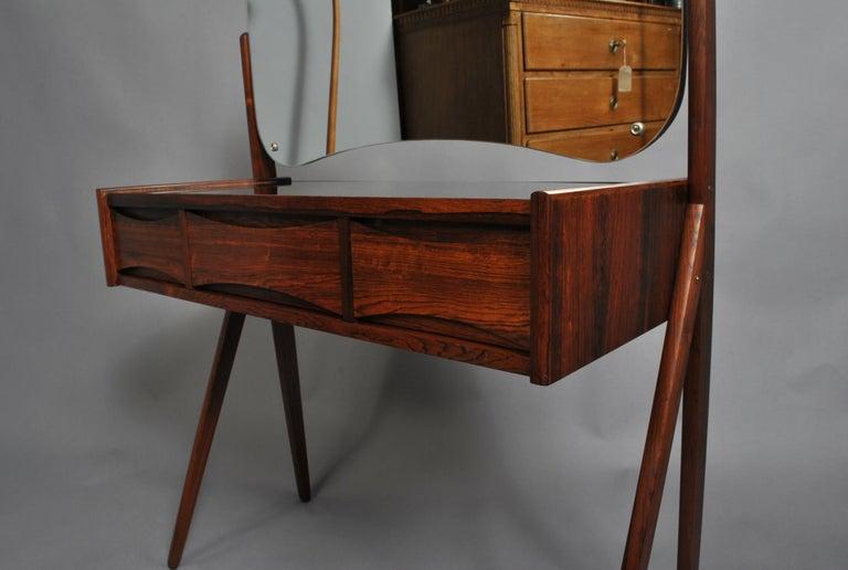 Danish Midcentury Vanity Unit by Arne Vodder 4