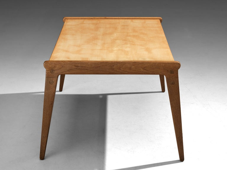 Scandinavian Modern Danish Minimalistic Coffee Table in Oak and Maple For Sale