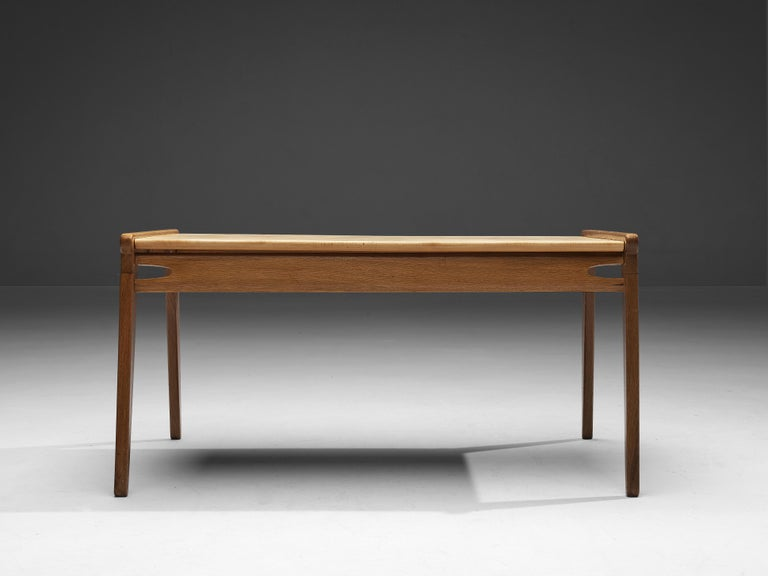 Danish Minimalistic Coffee Table in Oak and Maple For Sale 1