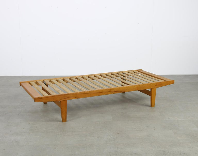 Danish Modern 1960s Poul M. Volther Beechwood Daybed Mod. H9 by FDB Mobler, Sofa For Sale 5