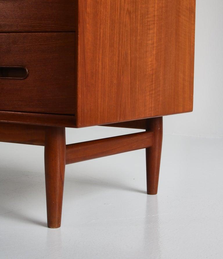 Danish Modern Arne Vodder Sideboard Dresser in Teakwood, Sibast, Denmark, 1960s 7