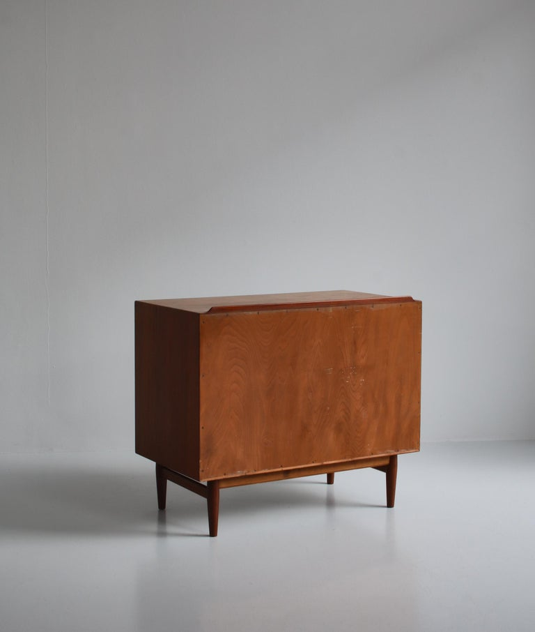 Danish Modern Arne Vodder Sideboard Dresser in Teakwood, Sibast, Denmark, 1960s 8