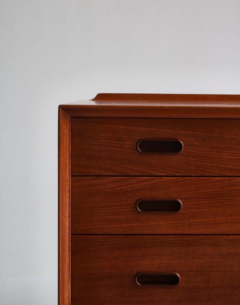 Danish Modern Arne Vodder Sideboard Dresser in Teakwood, Sibast, Denmark, 1960s In Good Condition In Odense, DK