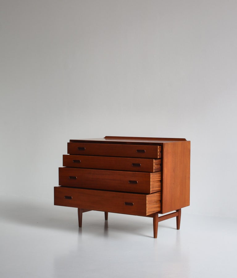 Mid-20th Century Danish Modern Arne Vodder Sideboard Dresser in Teakwood, Sibast, Denmark, 1960s