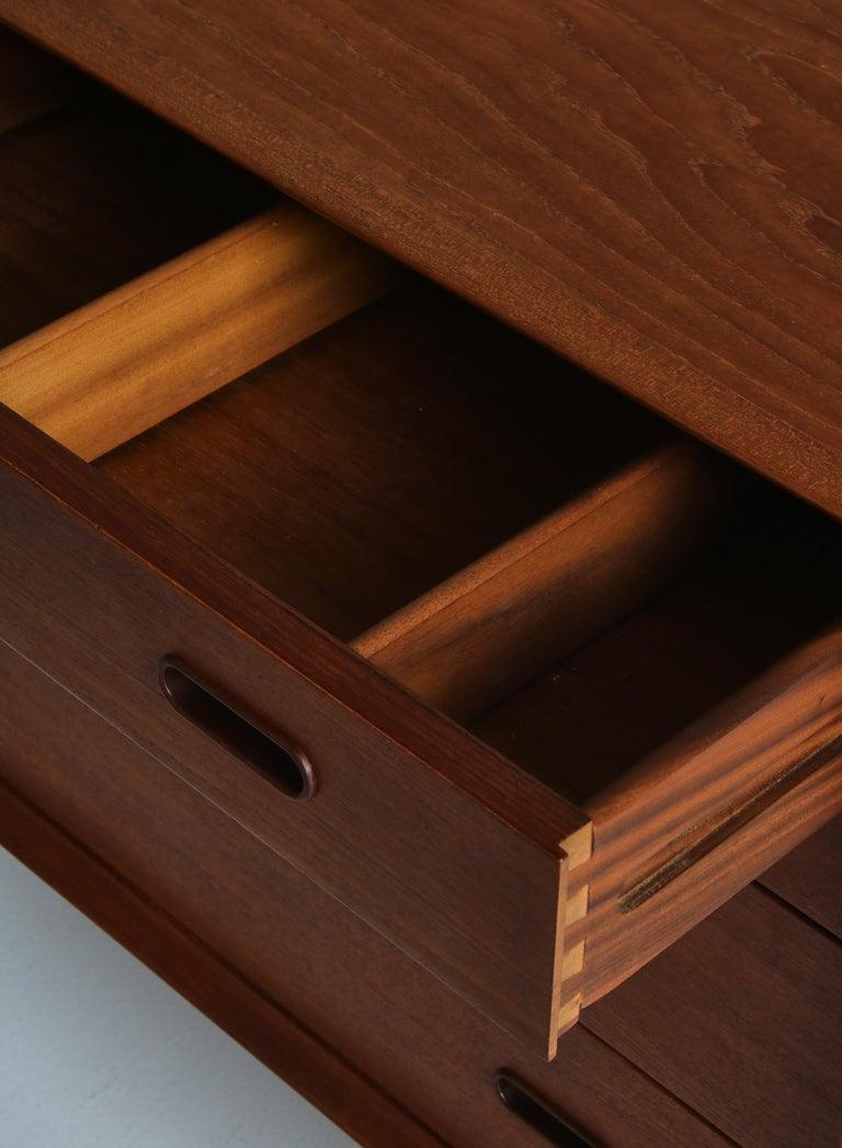 Danish Modern Arne Vodder Sideboard Dresser in Teakwood, Sibast, Denmark, 1960s 1