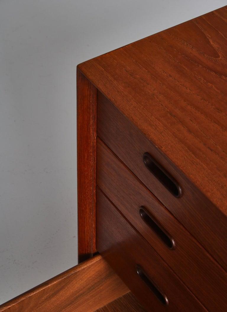 Danish Modern Arne Vodder Sideboard Dresser in Teakwood, Sibast, Denmark, 1960s 3