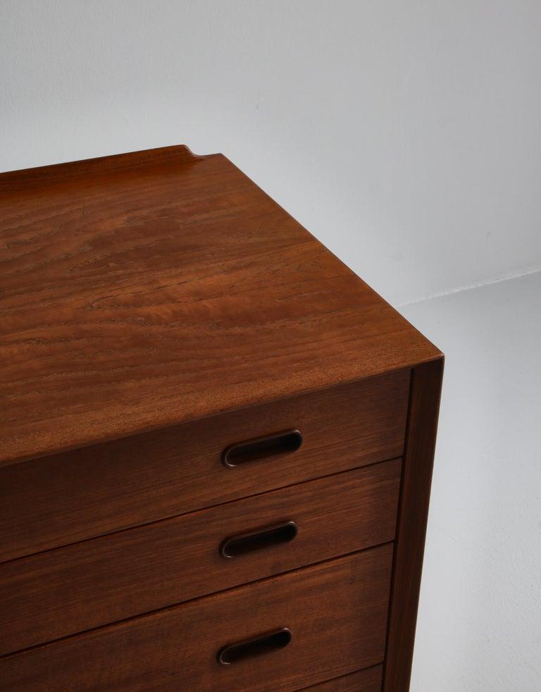 Danish Modern Arne Vodder Sideboard Dresser in Teakwood, Sibast, Denmark, 1960s 4