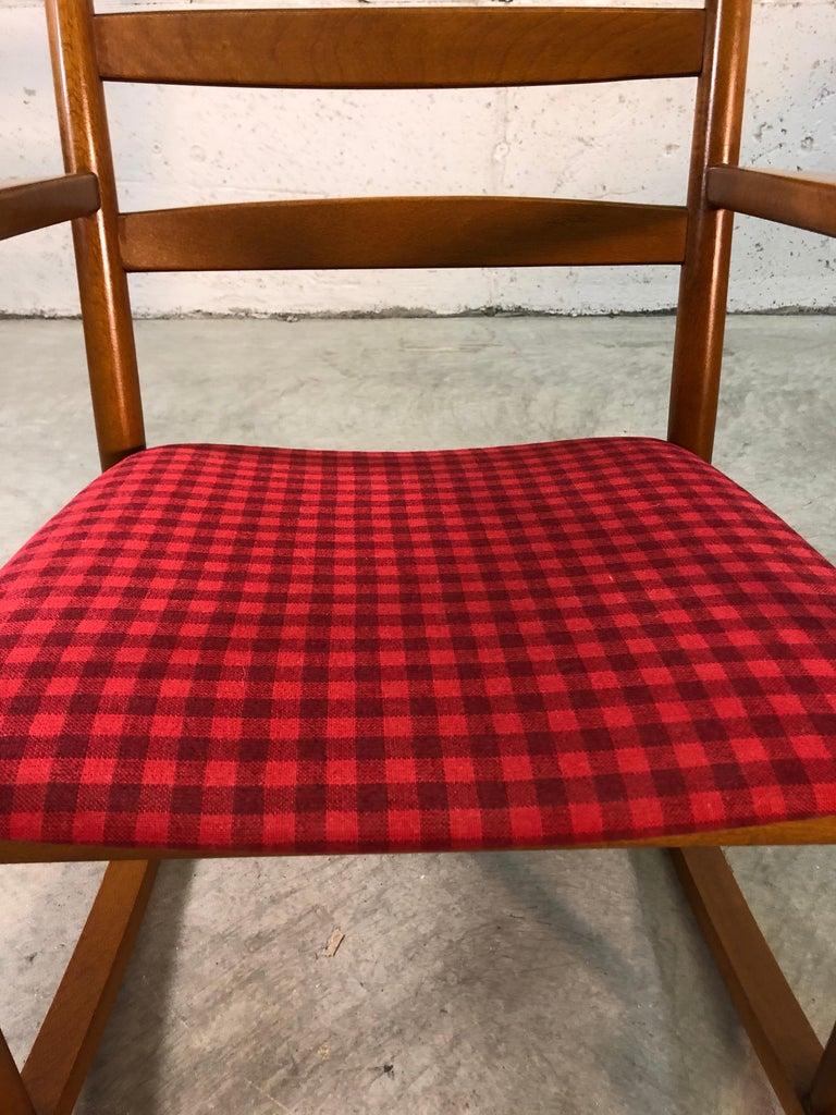 Danish Modern Beechwood Rocking Chair by Niels Eilersen For Sale 6