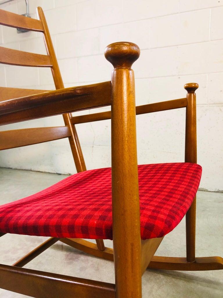 Danish Modern Beechwood Rocking Chair by Niels Eilersen For Sale 3