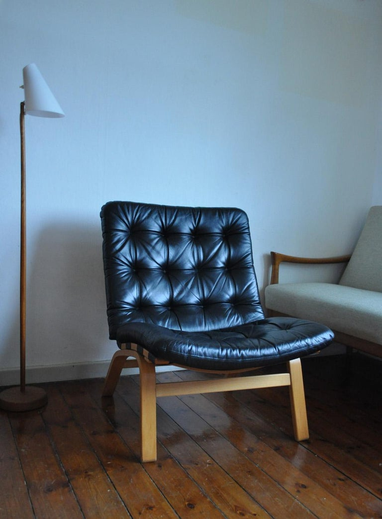 Danish Modern Black Leather Lounge Chair For Sale 1