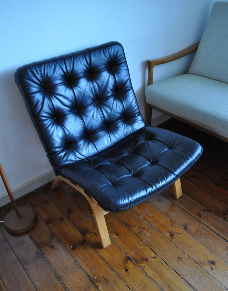 Danish Modern Black Leather Lounge Chair For Sale 2