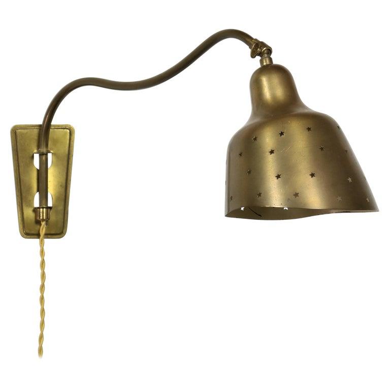 Danish Modern Brass Wall Lamp Made at Fog & Mørup Copenhagen, 1950s For Sale