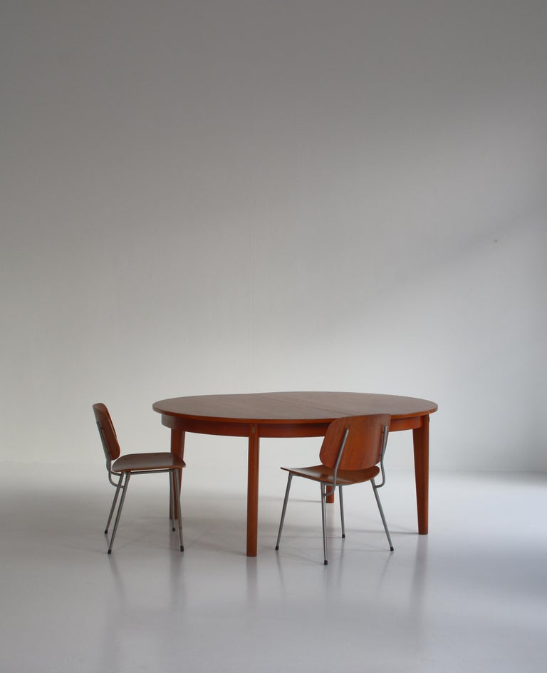Scandinavian Modern Danish Modern Børge Mogensen Dining Chairs in Steel and Plywood, 1953 For Sale