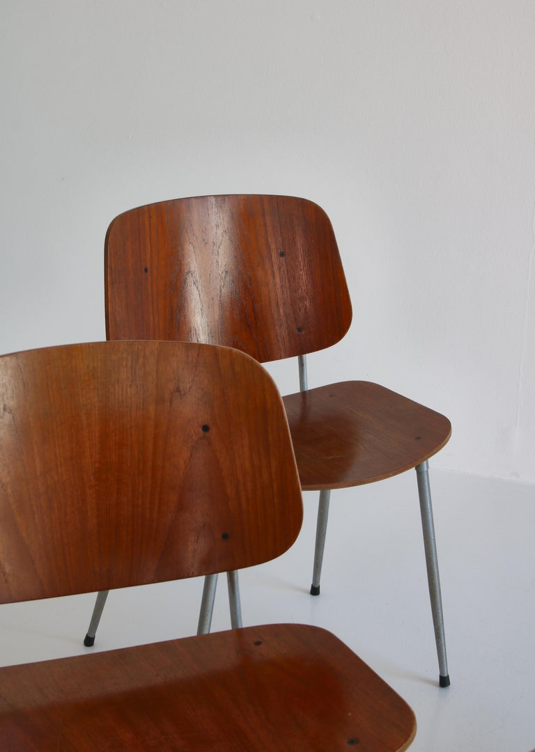 Mid-20th Century Danish Modern Børge Mogensen Dining Chairs in Steel and Plywood, 1953 For Sale