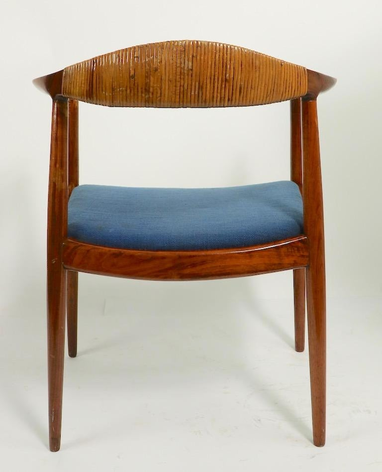 Classic Hans  Wegner Round Chair For Sale 7