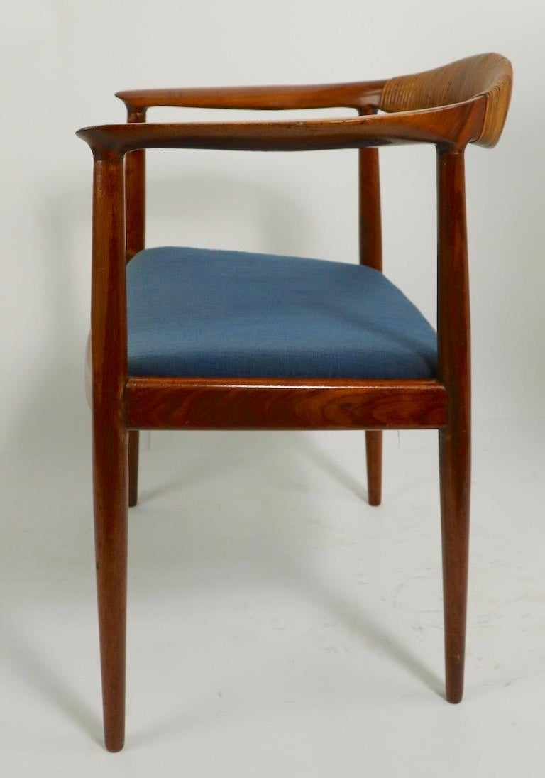 Classic Hans  Wegner Round Chair For Sale 8