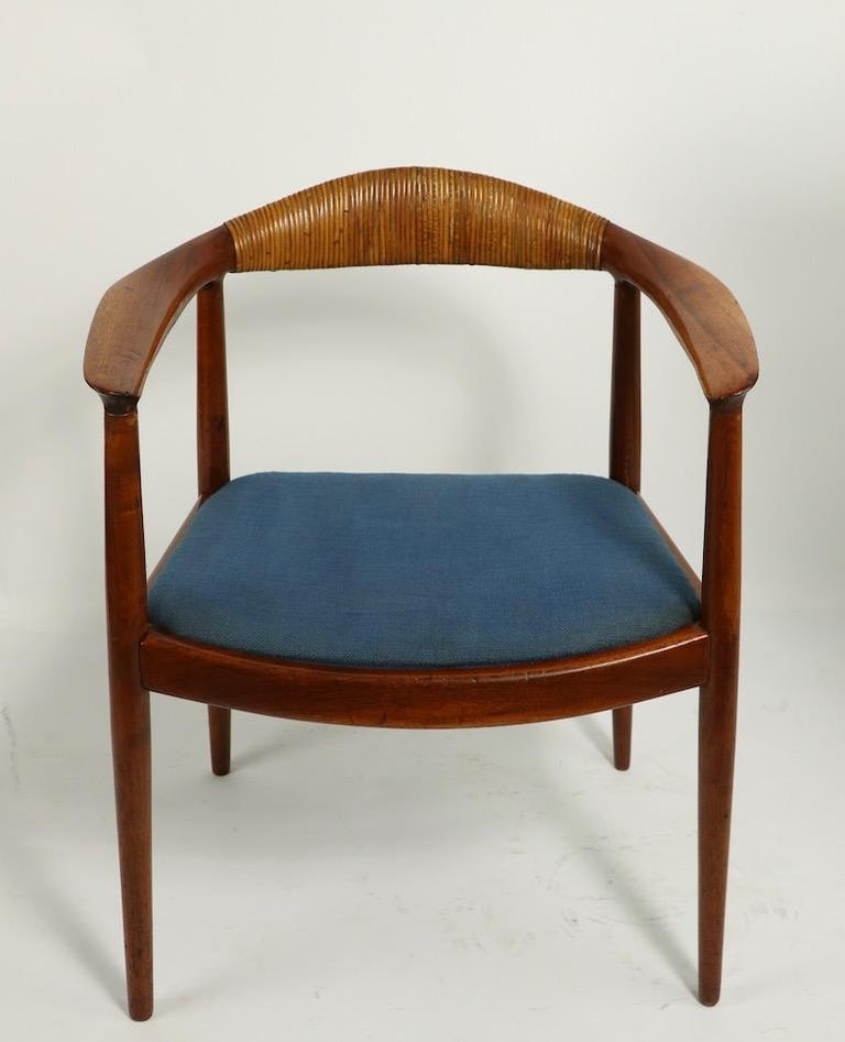 Classic Hans  Wegner Round Chair For Sale 9