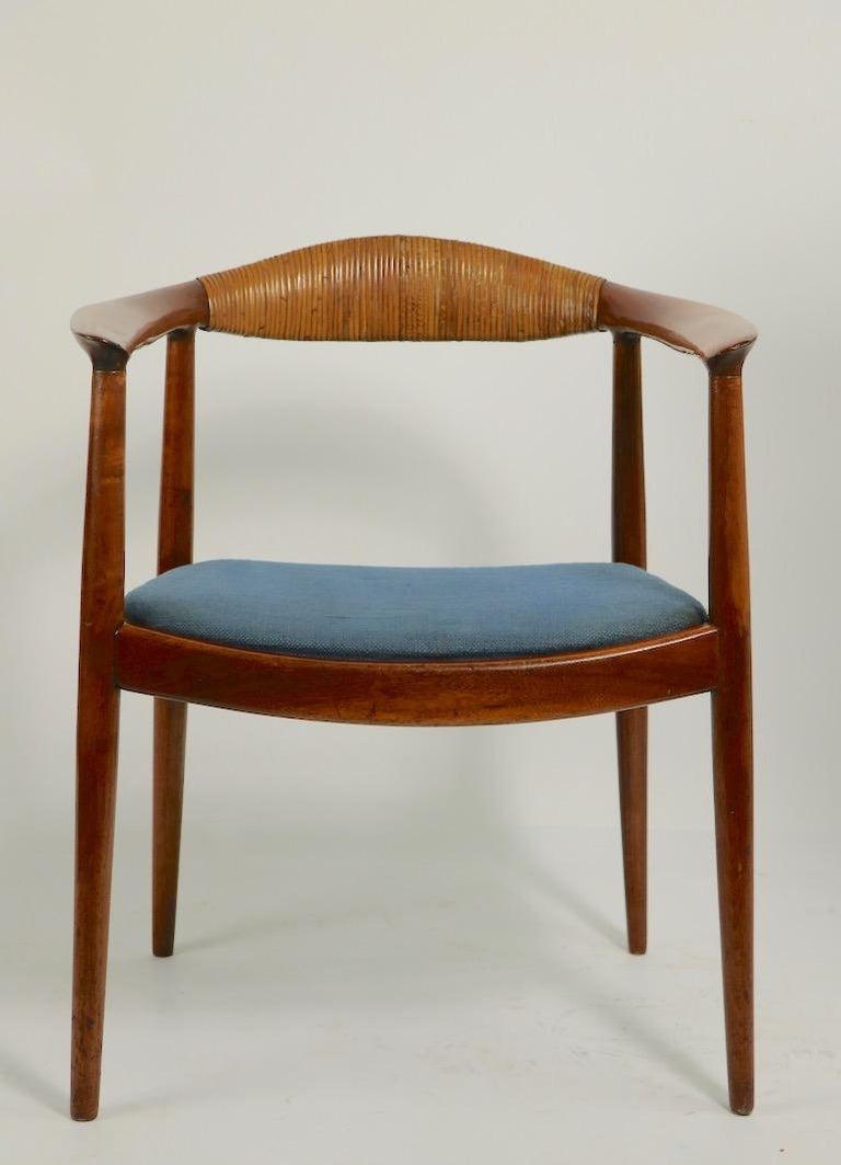 Classic Hans  Wegner Round Chair For Sale 11