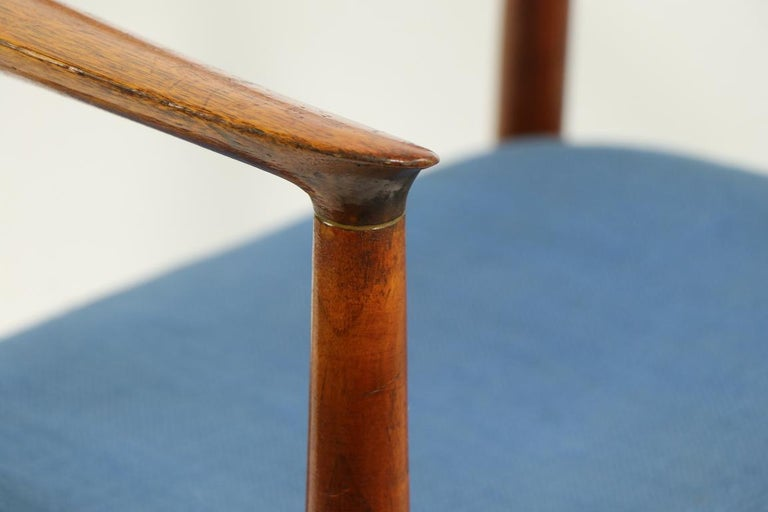Classic Hans  Wegner Round Chair For Sale 2