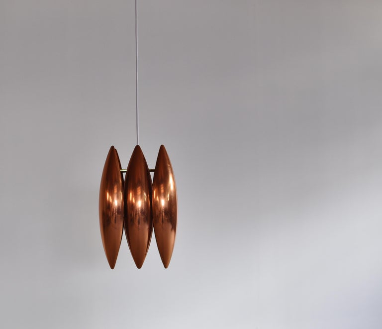 Danish Modern Copper Pendant by Jo Hammerborg for Fog & Mørup, 1960s In Good Condition For Sale In Odense, DK