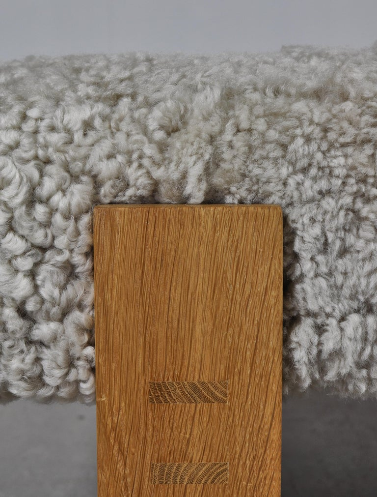 Lambskin Danish Modern Daybed in Oak and Sheepskin by Eva & Nils Koppel in the 1960s For Sale