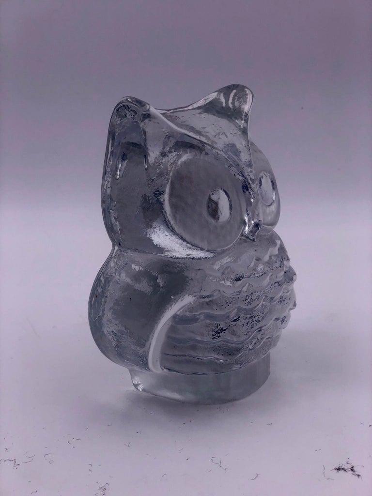 Mid-Century Modern Danish Modern Decorative Glass Owl Sculpture by Viking For Sale