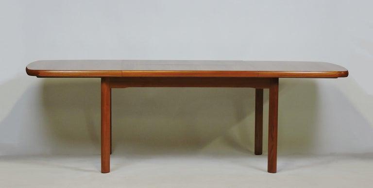 Danish Modern Design Extendable Teak Dining Table With