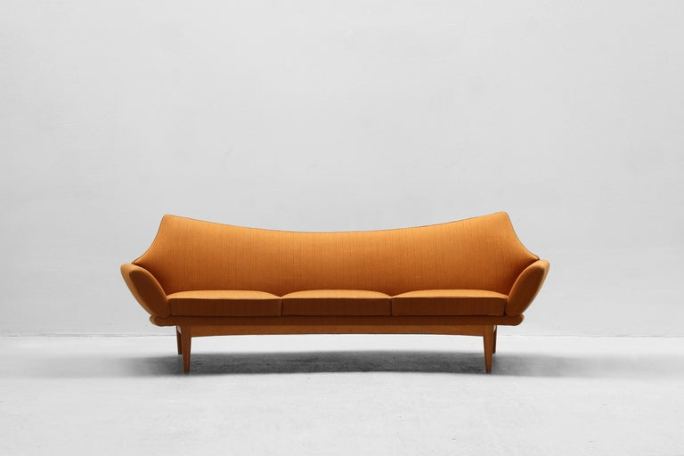 Beautiful and rare sofa designed by the Danish designer Johannes Andersen and produced by Trensums Fatöljfabrik in the 1960s in Sweden. The sofa is in a great original condition without any stains or cracks. Ready for usage.
