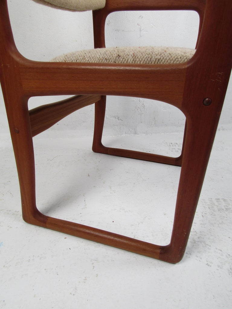 Danish Modern Dining Chairs by Benny Linden, Set of 12 For Sale 4