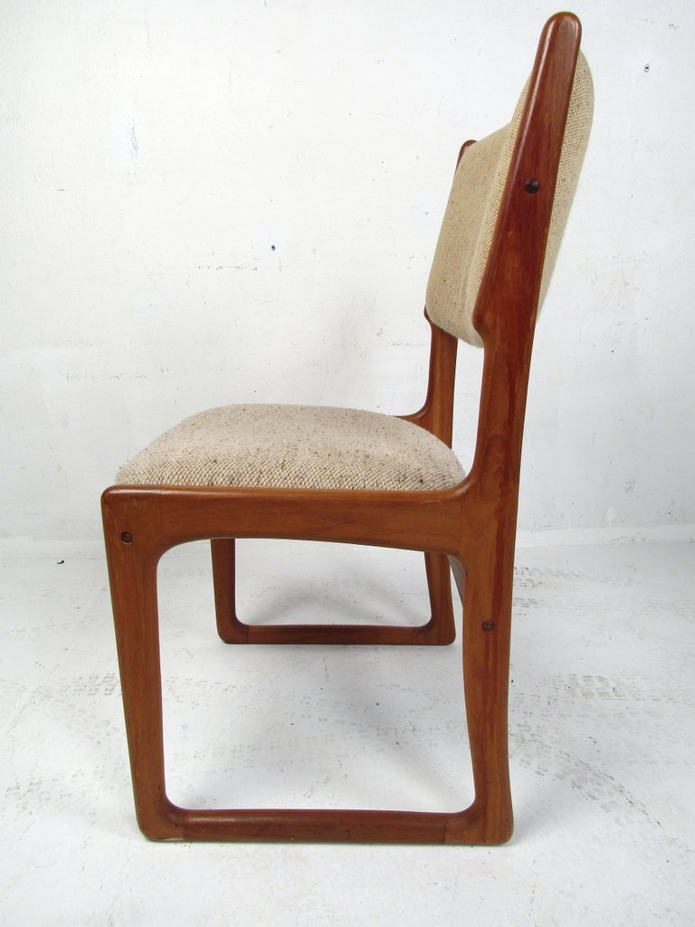 Danish Modern Dining Chairs by Benny Linden, Set of 12 For Sale 1