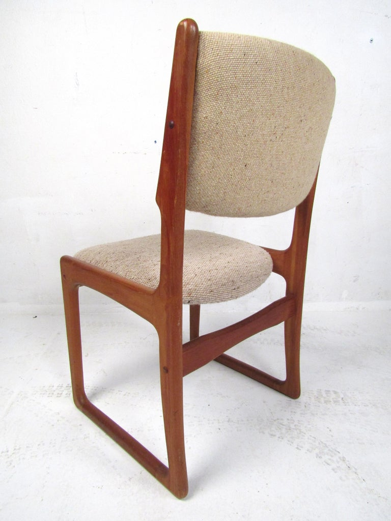 Danish Modern Dining Chairs by Benny Linden, Set of 12 For Sale 2