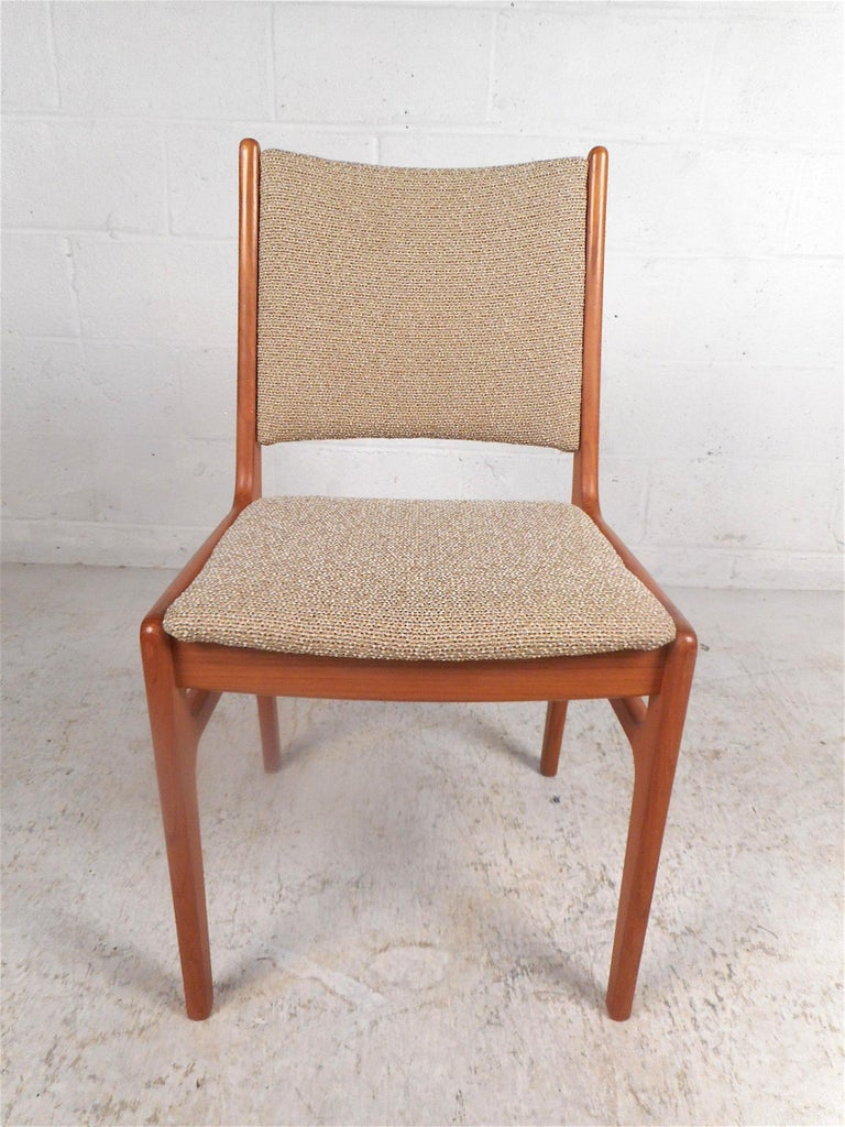 Mid-Century Modern Danish Modern Dining Chairs, Set of 6 For Sale