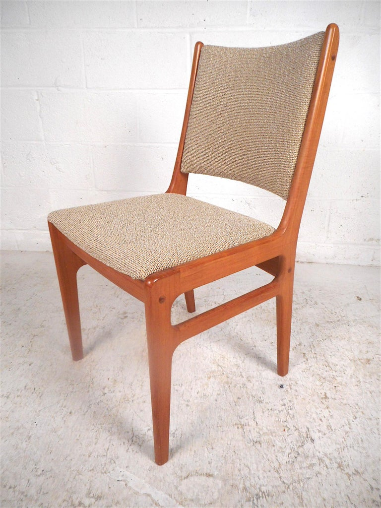 Singaporean Danish Modern Dining Chairs, Set of 6 For Sale