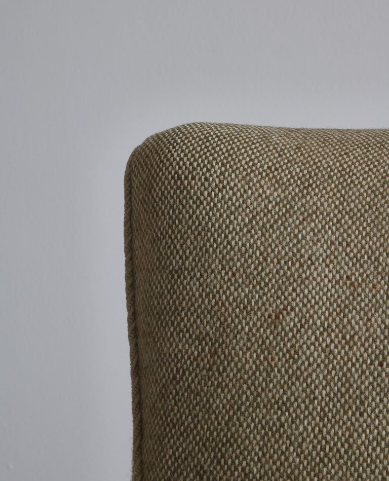 Mid-20th Century Danish Modern Easy Chair in Beech & Wool Upholstery by Hvidt & Mølgaard, 1950s For Sale