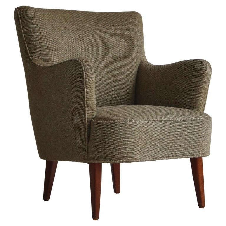 Danish Modern Easy Chair in Beech & Wool Upholstery by Hvidt & Mølgaard, 1950s For Sale
