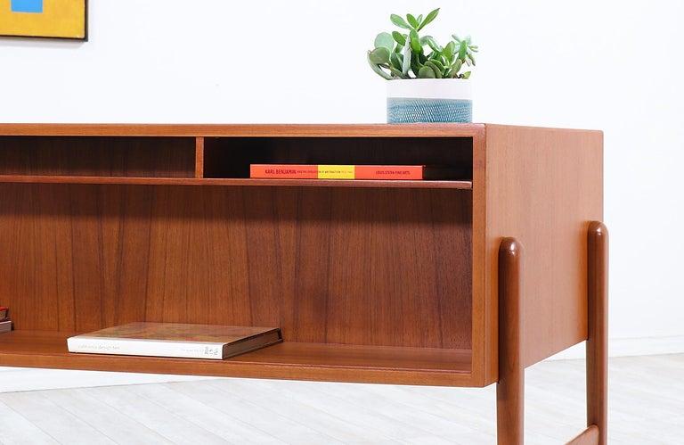 Danish Modern Executive Teak Desk with Bookshelf For Sale 2