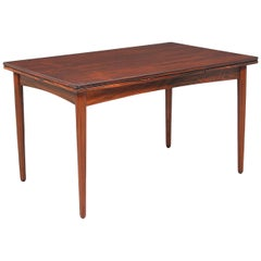 Danish Modern Expanding Draw-Leaf Rosewood Dining Table