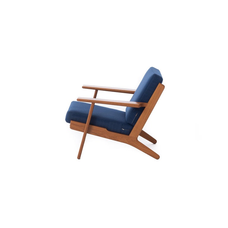 Danish Modern GE290 Teak Lounge Chairs by Hans J. Wegner GETAMA 290 In Excellent Condition For Sale In Minneapolis, MN