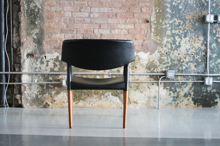 20th Century Danish Modern Leather Armchair by Aksel Bender Madsen & Ejner Larsen For Sale