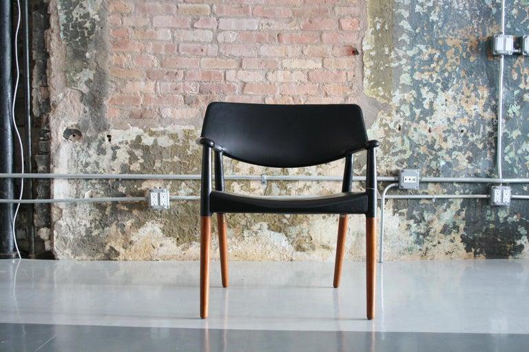 Danish Modern Leather Armchair by Aksel Bender Madsen & Ejner Larsen For Sale 1