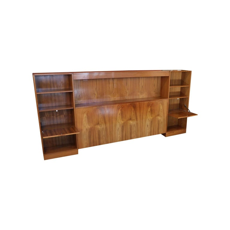 Danish Modern Lighted Teak Headboard with Integral Storage Nightstands For Sale 1