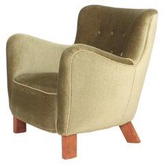 Danish Modern Lounge Chair by Fritz Hansen Model 1669, 1940s