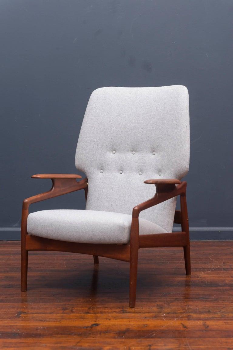 Scandinavian Modern Danish Modern Lounge Chair For Sale