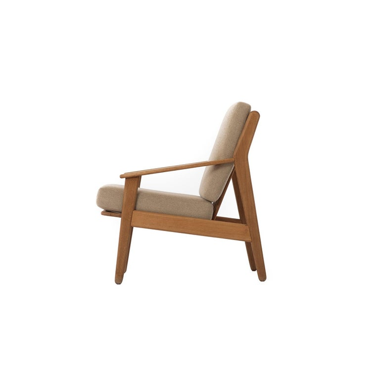 Danish Modern Lounge Chair In Excellent Condition For Sale In Minneapolis, MN