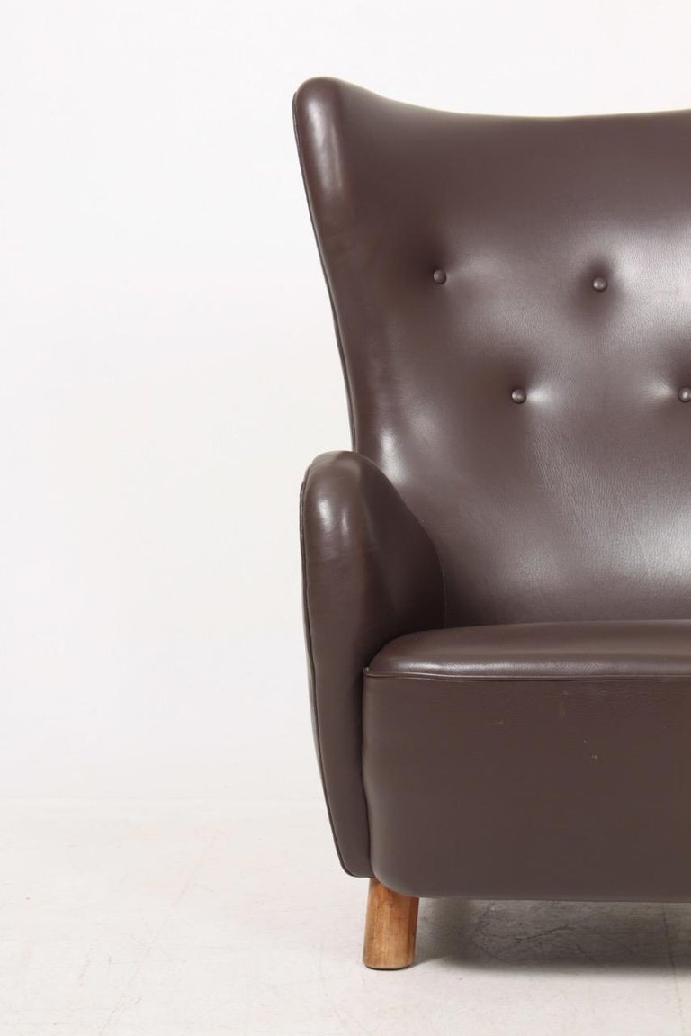 Danish Modern Lounge Chair in Patinated Saddle Brown Leather, 1940s For Sale 5