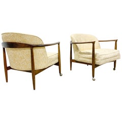 Danish Modern Lounge Chair Pair by Finn Andersen