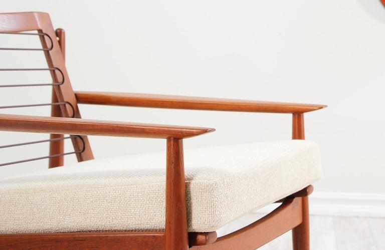 Danish Modern Lounge Chairs by Svend Åge Eriksen For Sale 7